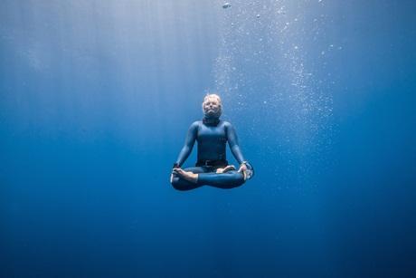 george_static_record_sklep_nurkowy_nurkowanie_wroclaw_freediving